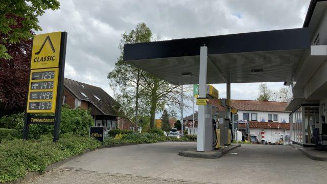CLASSIC Tankstelle Tossens